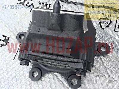 218117M000,Опора двигателя передняя HYUNDAI Xcient trago,21811-7M000