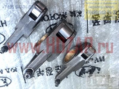 2451084002,Коромысло впускное HYUNDAI D6C,24510-84002